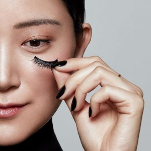 Korean false mink eyelashes & Pink lip delicate makeup secret