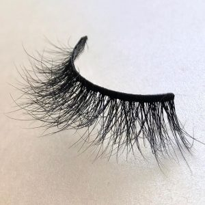 How to make mink eyelashes curl ?