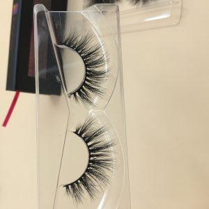 how to find eyelash vendors - MIIS Lashes