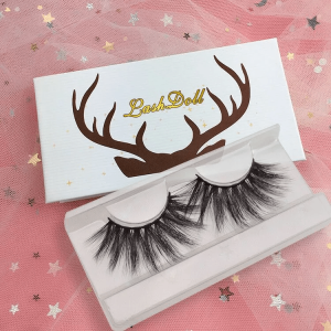 Curved mink eyelashes